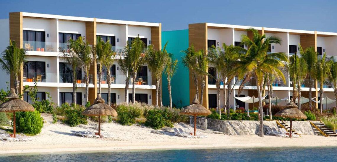 Club Med Cancun Yucatan, Mexique - Vue extérieure des bâtiments rénovés et moderne