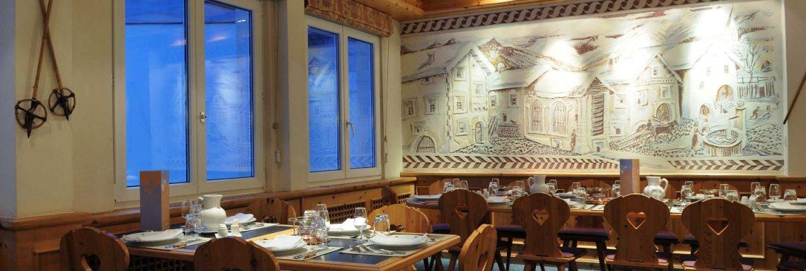 Club Med Saint-Moritz Roi Soleil, en Suisse -  Intérieur du restaurant Stubli