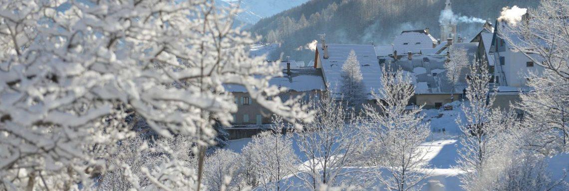 Club Med Serre-Chevalier, en France - Vue extérieure de la montagne depuis le Club Med