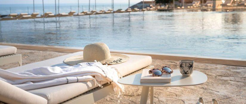 Club Med Cefalù en Italie - Piscine sur bord de mer