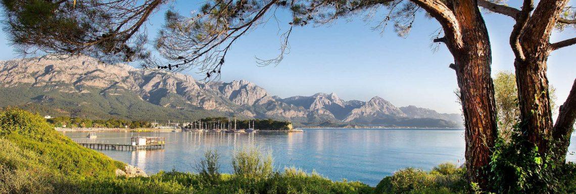Club Med Kemer, en Turquie - Photo de la nature verdoyante et montagnarde des monts Taurus