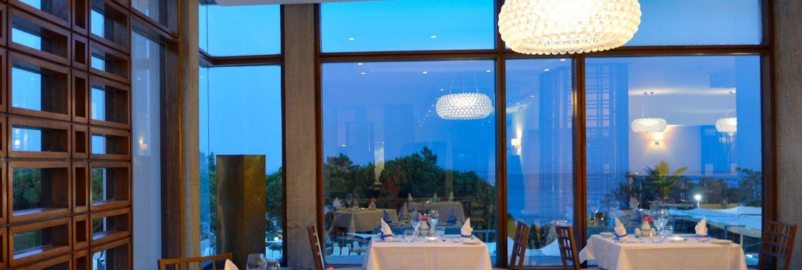 Club Med Portugal Da Balaia - Restaurant à la pénombre