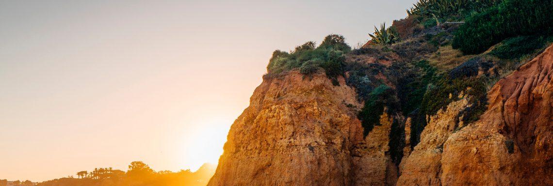 Club Med Portugal Da Balaia - La montage et le coucher de soleil vue de la plage