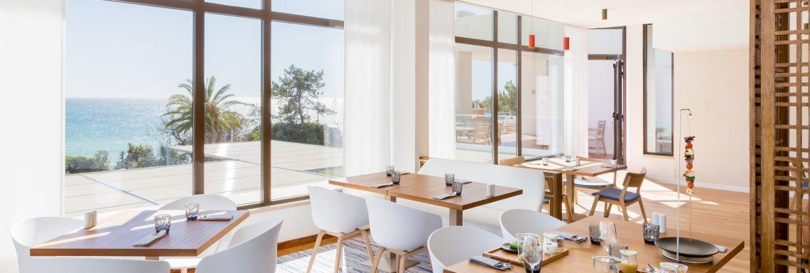 Club Med Portugal Da Balaia - Nouveau restaurant et sa vue intérieure.