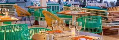 Vue du restaurant lounge le Lo Beach sans cloison