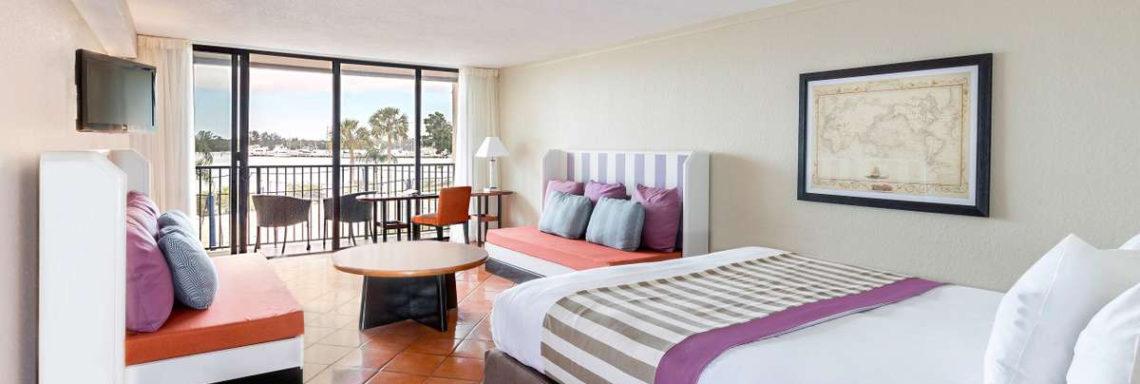 Club Med Sandpiper Bay, Floride- Image de l'intérieur d'une chambre Supérieure avec terrasse