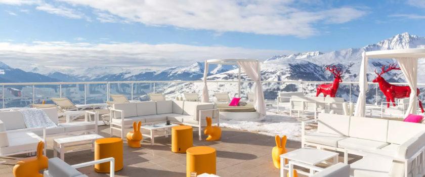 Club Med Arcs Panorama, en France - Image d'une aire de détente extérieure, réservée aux résident de l'Espace Exclusive